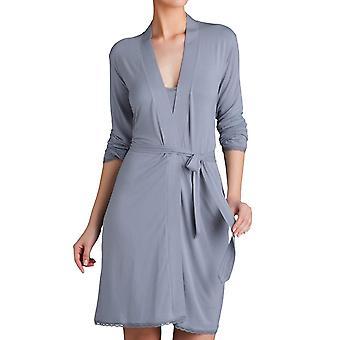 Triumph Body-Make Up Light Lace Robe Vestido de vestir hasta la rodilla