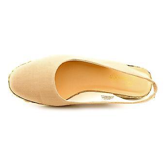 Beacon Womens Eastport Closed Toe Casual Slingback Sandals