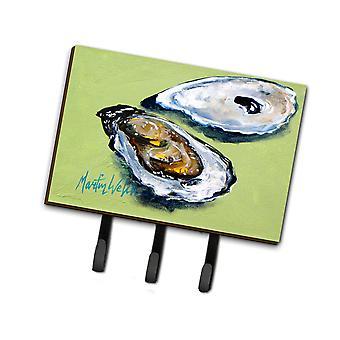 Carolines Treasures  MW1102TH68 Oysters Two Shells Leash or Key Holder