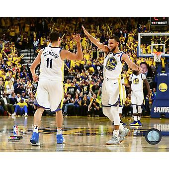 Klay Thompson & Stephen Curry 2017-18 Playoff działania Photo Print