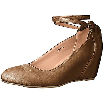 Journee Collection Womens tibby Closed Toe Ankle Strap Wedge Pumps
