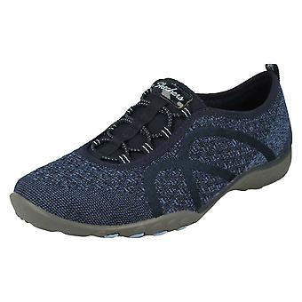 Panie Relaxed Fit Od Skechers Wide Fitting Trenerzy Fortuneknit 23028