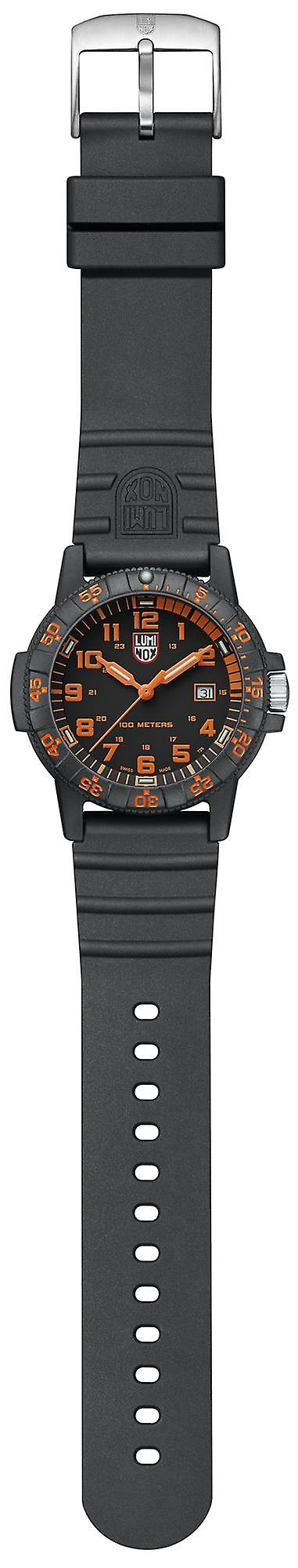 Luminox Sea Turtle Giant 0320 Series Black Orange Dial Men's Watch XS.0329