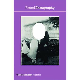 Found Photography by Anne-Marie Garat - 9780500411070 Book