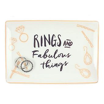 Anéis de algo diferente e coisas fabulosas joias prato