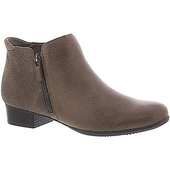 Trotters Women's Major Ankle Boot