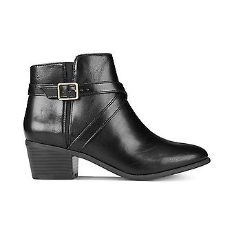 Karen Scott Womens Falonn Faux Leather Stacked Heel Booties