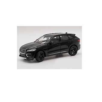 Jaguar F-Pace (2016) in Black (1:24 scale by Welly 24070K)