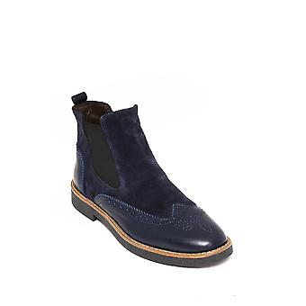 Navy blue chelsea boots | wessi