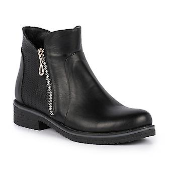 Lunar Hailey Black Leather Ankle Boot