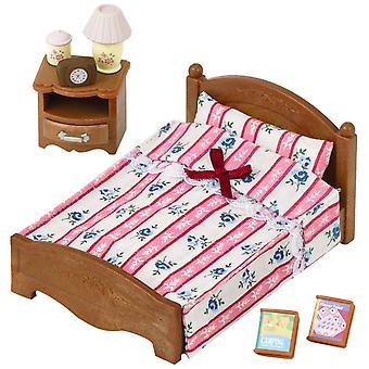 Produkty Sylvanian Families małym łóżkiem podwójnym