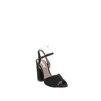 Tabitha Simmons   Kali Pleated Block-Heel Sandals