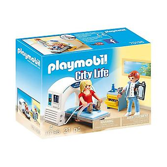playmobil 70196 city life radiologist playset 20pcs for ages 4 and above
