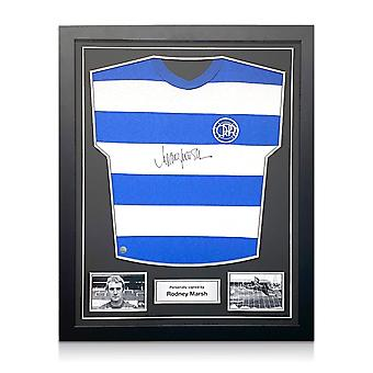 Rodney Marsh signiert Queens Park Rangers Fußball-Shirt. Standardrahmen