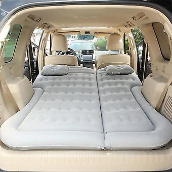 Auto aufblasbare Bett/Luft Matratze / Schlafpad Outdoor Matte und Kind hinten