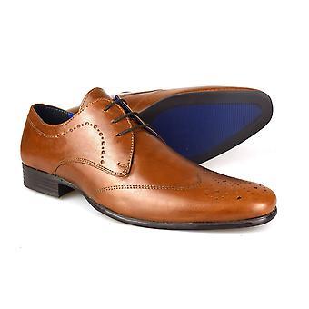 Byrokratiaa Gala Tan miesten nahka reikäkoristeinen kävelykenkä häät kengät