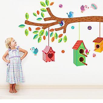 Regenboghorn vogels nestelen op boom muur sticker sticker
