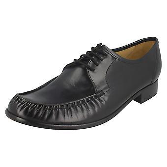 Mens Thomas Blunt Low Heel Formal Lace Up Shoe 'Crewe 2'