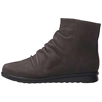 Vaneli Womens Dollie Closed Toe Ankle Fashion Boots
