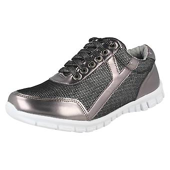 Ladies Waves Lace Up Trainers F80102