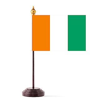 Norsunluurannikko taulukon lippu kiinni ja pohja