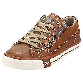 Mustang Low Top Side Zip Womens Fashion Trainers in Cognac