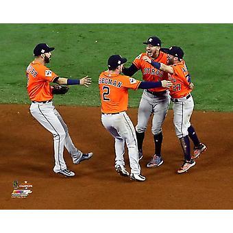 Les Houston Astros Infield célèbre vainqueur match 7, de l'impression de Photo de World Series de 2017