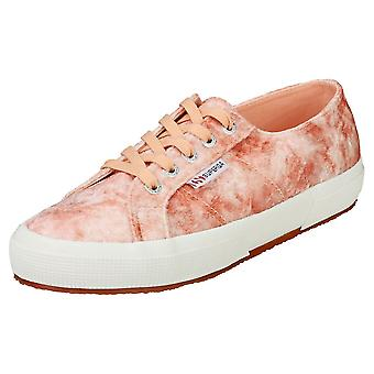 Superga 2750 Velvet Shiny Wrinkled Womens Fashion Trainers in Pink Peach