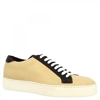 Leonardo Shoes Men's käsintehdyt pyöreät lenkkarikengät beigessä ja tummanruskeassa vasikannahassa