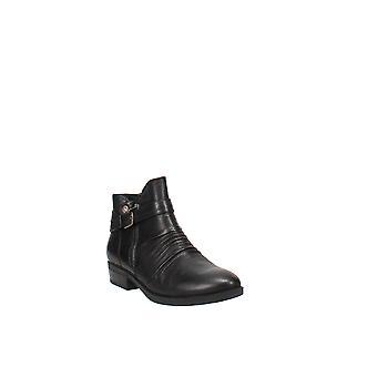 Baretraps   Yasmyn Ankle Boots