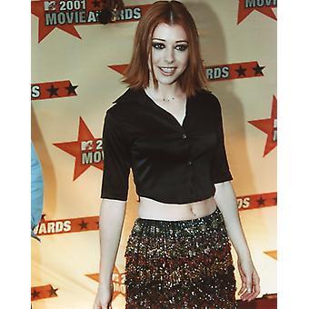Alyson Hannigan Photo - At the 2001 MTV Movie Awards (8 x 10)