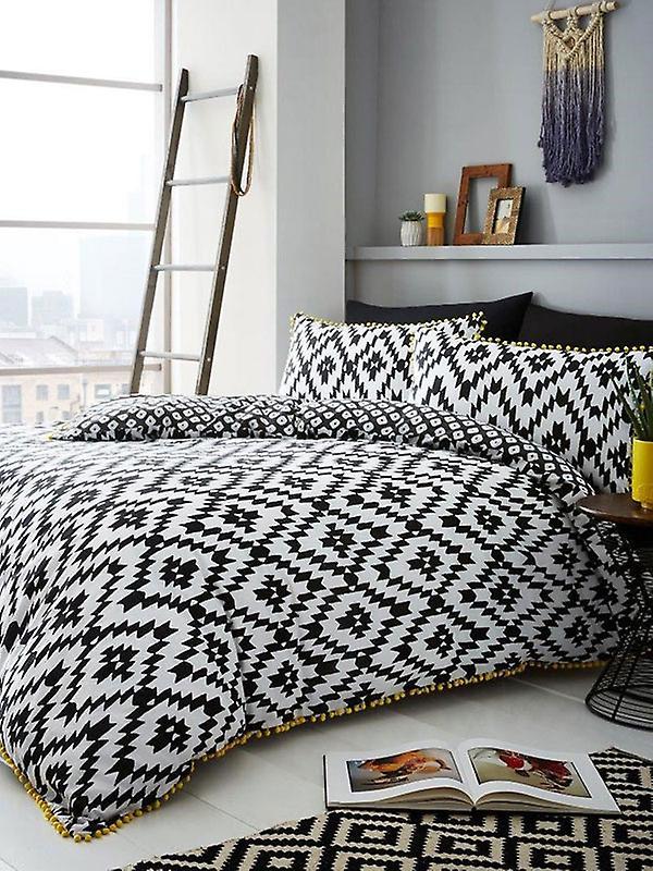 Geo Pom Pom Duvet Cover and Pillowcase Set