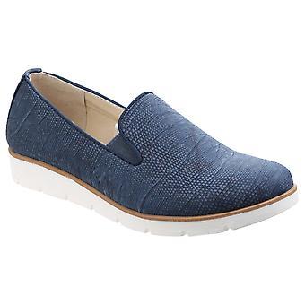 Divaz feminino mariah escorregar em sapato gusset gêmeo azul 24957-41306