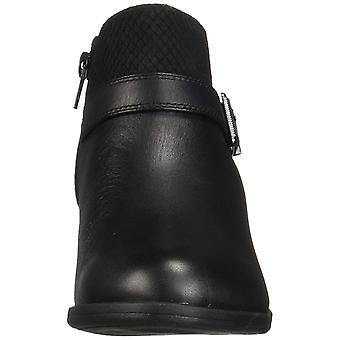 Clarks Women's Addiy Sharilyn Fashion Boot
