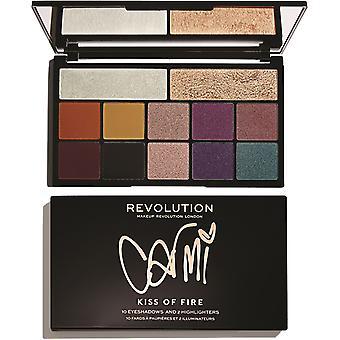 Make-up revolutie X Carmi-kus van vuur
