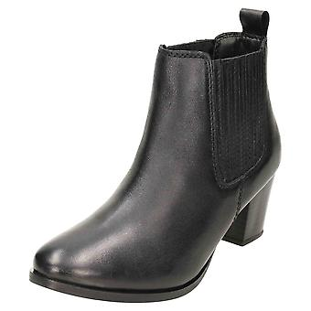 Comfort Plus Wide E Fitting Leather Chelsea Ankle Boots Mid Heel