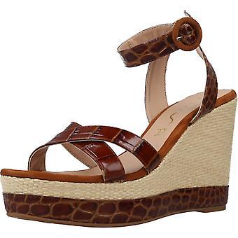 Unisa Sandals Montea Color Saddle