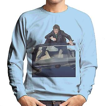 Knight Rider Michael Knight sitter i KITT Men's Sweatshirt