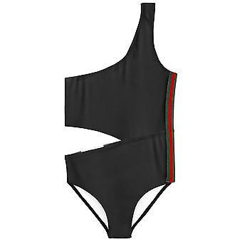 Čierne bočné rezané plavky s prúžkom
