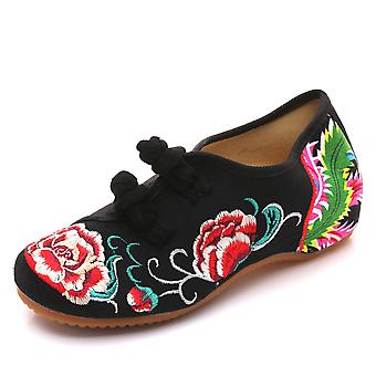 Embroidered  Spring Autumn Low Heel Flat  Mother Shoes