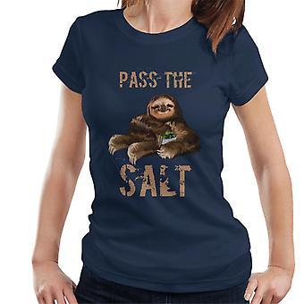 Stoner luiaard passeren de zout Women's T-Shirt