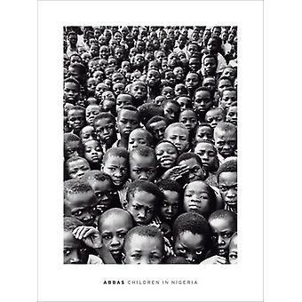Børn i Nigeria plakat Print af Abbas (24 x 32)