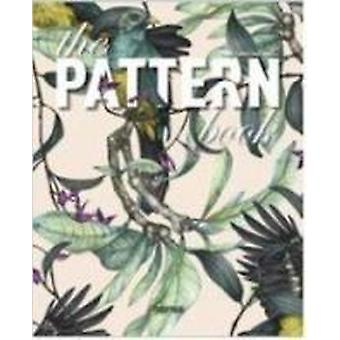 The Pattern Book by Carolina Amell - 9788415829805 Book
