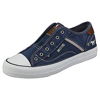 Mustang Laceless Low Top Womens Casual Trainers in Dark Blue
