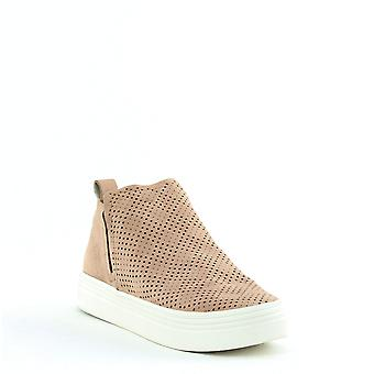 Dolce Vita ? Tate Pull On Sneakers