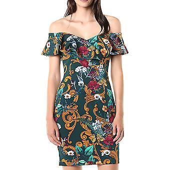 נחש | שמלת שיי מתחת לכתפיים