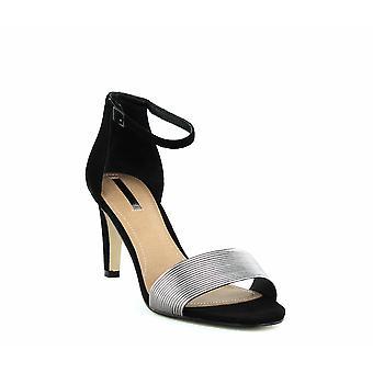 Tahari | Novel Ankle Strap Sandals