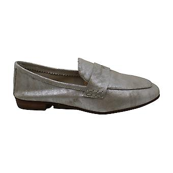 Vince Camuto Women's Shoes Macinda Leather Closed Toe Loafers