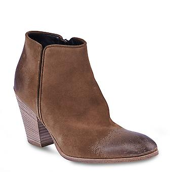 Giuseppe Zanotti Women's ankle boots with heel in camel-colored suede with zipper