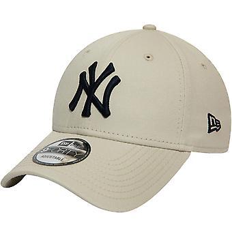 New Era 9FORTY New York NY Yankees MLB Essential Adjustable Baseball Cap - Stone
